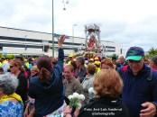 ¡Viva la Virgen del Pino! Y ¡guapa!, gritos a su paso por las palmas de Gran Canaria / Foto: José Luis Sandoval