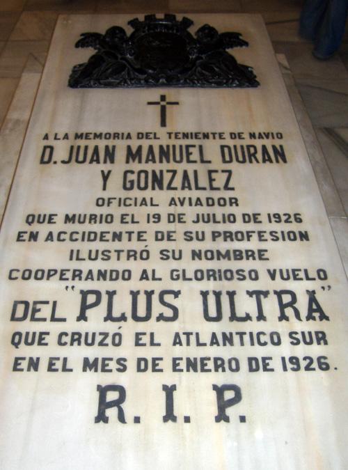 A la memoria de Juan Manuel Durán González