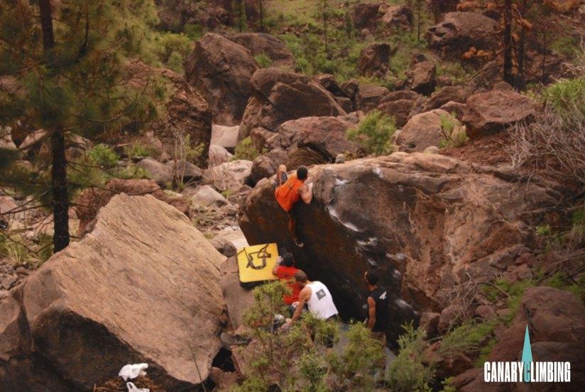 Canary-climbing-servicios-de-escalada-deportiva-islas-canarias-jorge-ortega-BOULDER-10