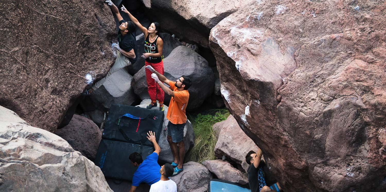 Canary-climbing-servicios-de-escalada-deportiva-islas-canarias-jorge-ortega-BOULDER-Slider-01