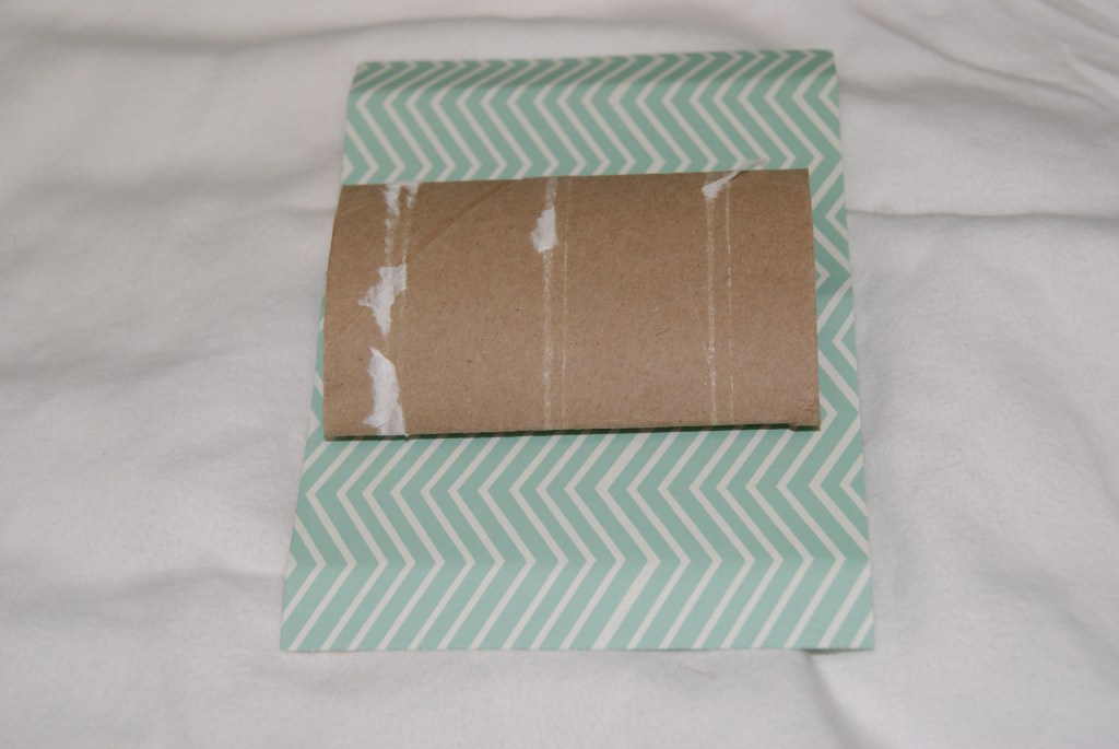 DIY gift card holder made from an empty toilet paper roll  canarystreetcrafts.com