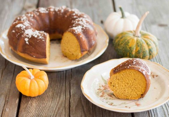 Pumpkin-Spice-Bundt-Cake {The Painted Hinge)