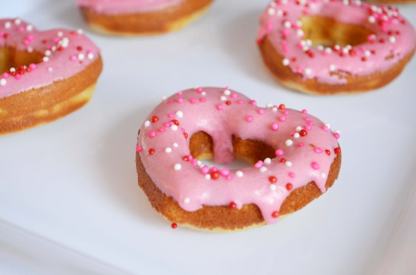 Vanilla-Valentines-Day-Donuts from {Emily Franceschini - Painting It Purple}