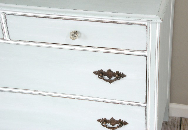 Farmhouse style dresser makeover. Painted with a custom color Annie Sloan chalk paint mix. https://canarystreetcrafts.com/