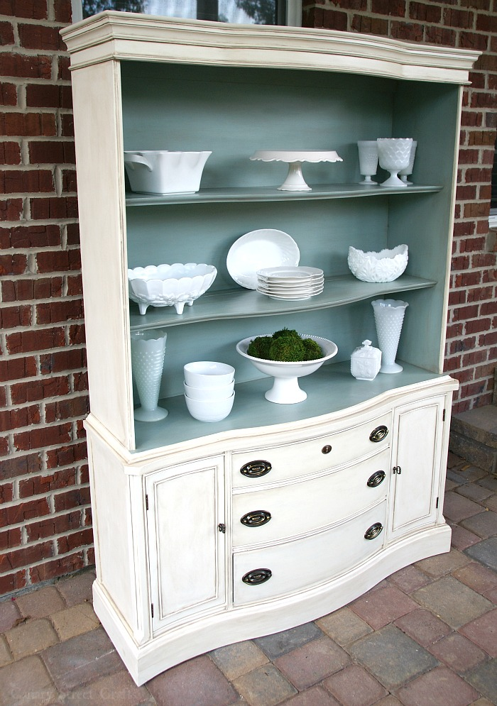 Easy instructions for layering paint to create an aged look on furniture.