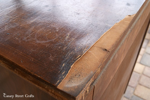 french-corset-dresser-veneer-damage