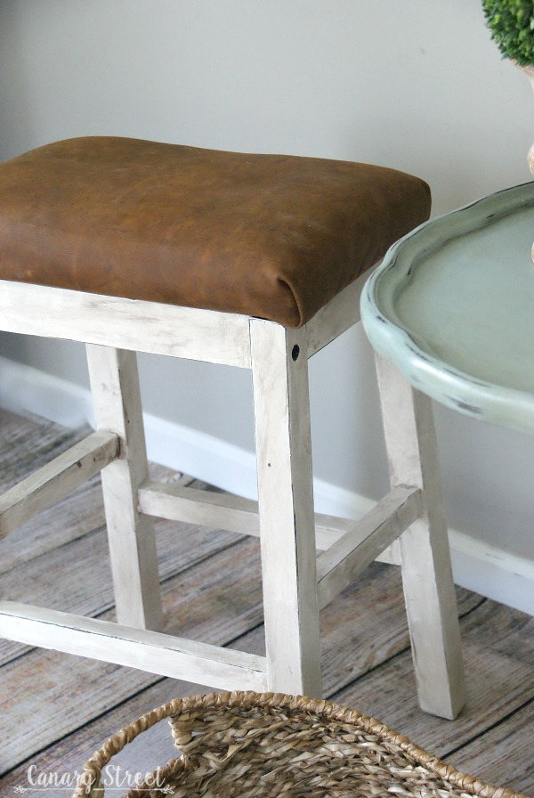 How to give an old stool a farmhouse makeover. https://canarystreetcrafts.com/
