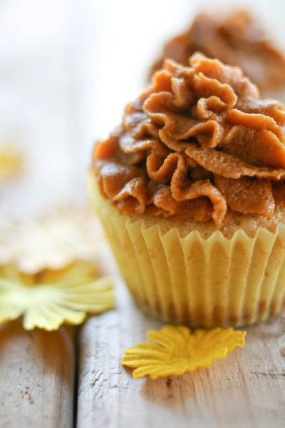 Pumpkin pie cupcake (with a graham cracker crust!).  Recipe from Une-duex Senses