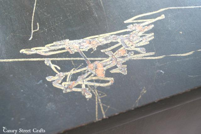 scratches-in-wood-furniture