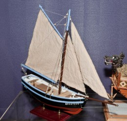 Bon Retour French shell fishing boat (1:25) constructed by Joe Allen