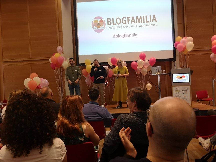 Von extra vielen Luftballons; Das erste Mal Blogfamilia