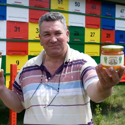 ANTE KRESICH HEALS LUNG CANCER WITH PINE NEEDLE HONEY SYRUP