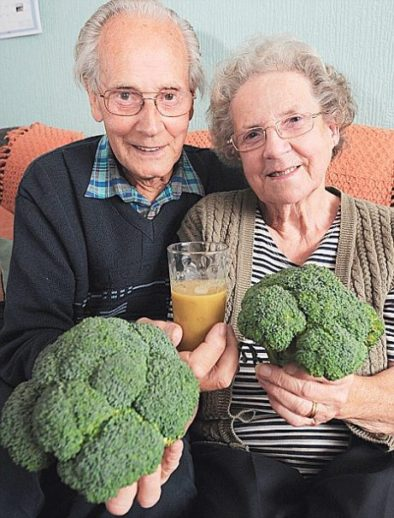 Ray Wiseman heals bladder cancer with broccoli juice