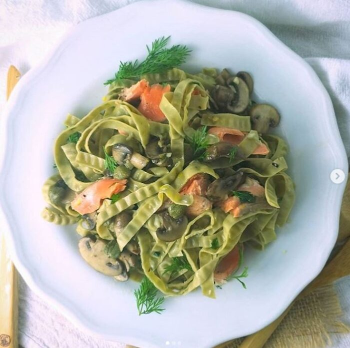 Low carb noodle options include bean noodles made from edamame