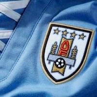 ¿Por qué Uruguay tiene cuatro estrellas en su camiseta?