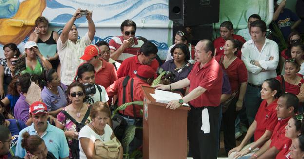 Mario Machuca colonos Croc