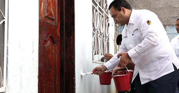 Borge Pintando un mejor Quintana Roo
