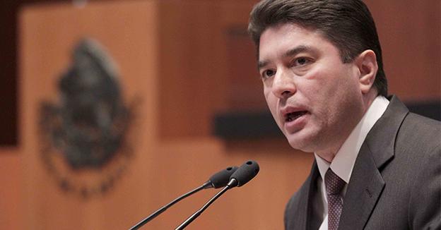 Felix Gonzales Canto senador