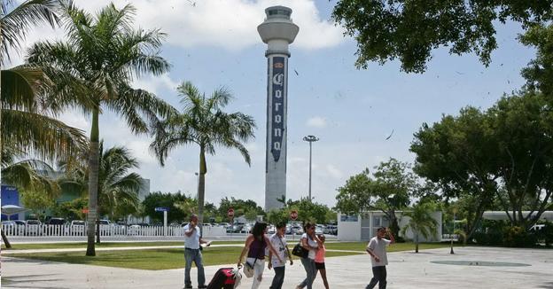 torre aeropuerto cancun