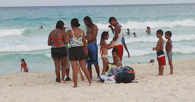 Turistas Cancún QR