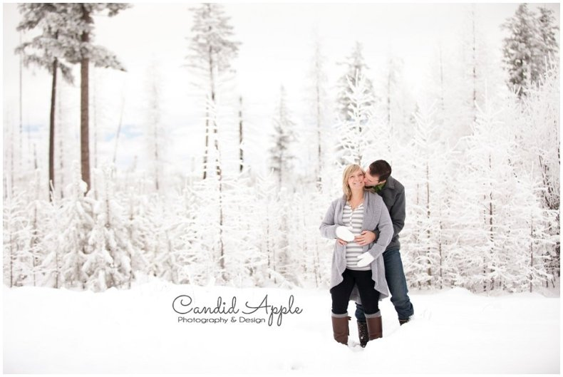 Kelowna_Baby_Bump_Photographers_Winter_TA_0006