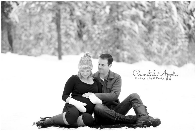 Kelowna_Baby_Bump_Photographers_Winter_TA_0024