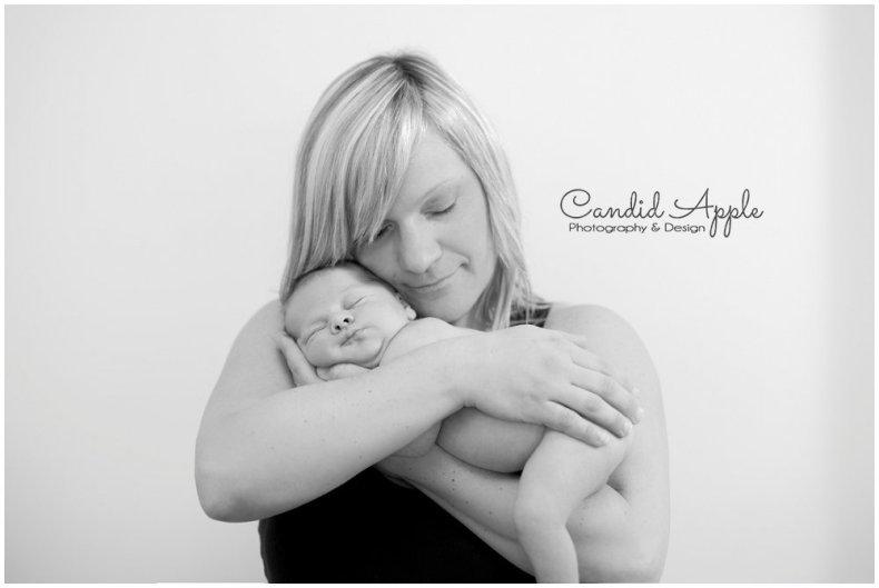 Vernon_Newborn_Portrait_Photographers__0014