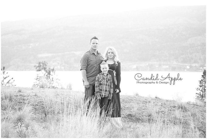 Knox_Mountain_Park_Family_Maternity_Photographers__0006