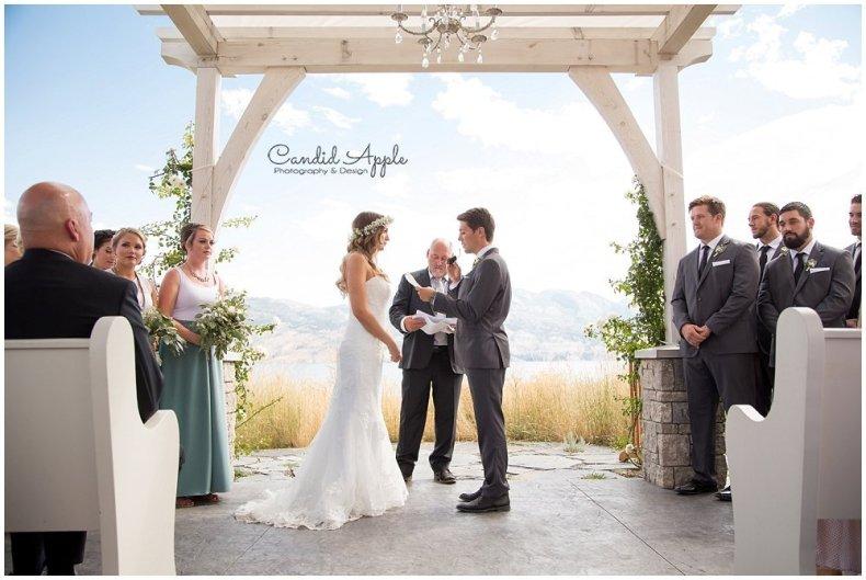 Sanctuary_Garden_West_Kelowna_Candid_Apple_Wedding_Photography_0031