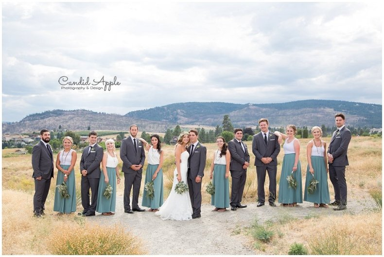 Sanctuary_Garden_West_Kelowna_Candid_Apple_Wedding_Photography_0055