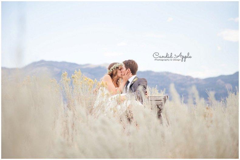Sanctuary_Garden_West_Kelowna_Candid_Apple_Wedding_Photography_0081