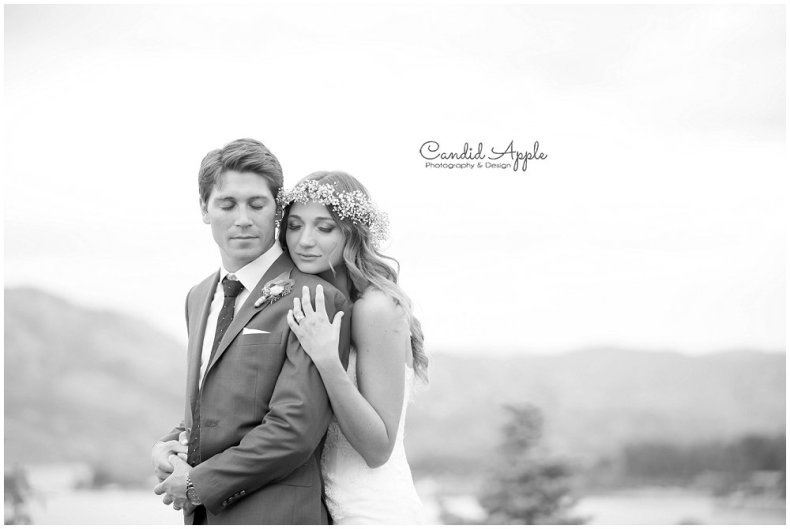 Sanctuary_Garden_West_Kelowna_Candid_Apple_Wedding_Photography_0093