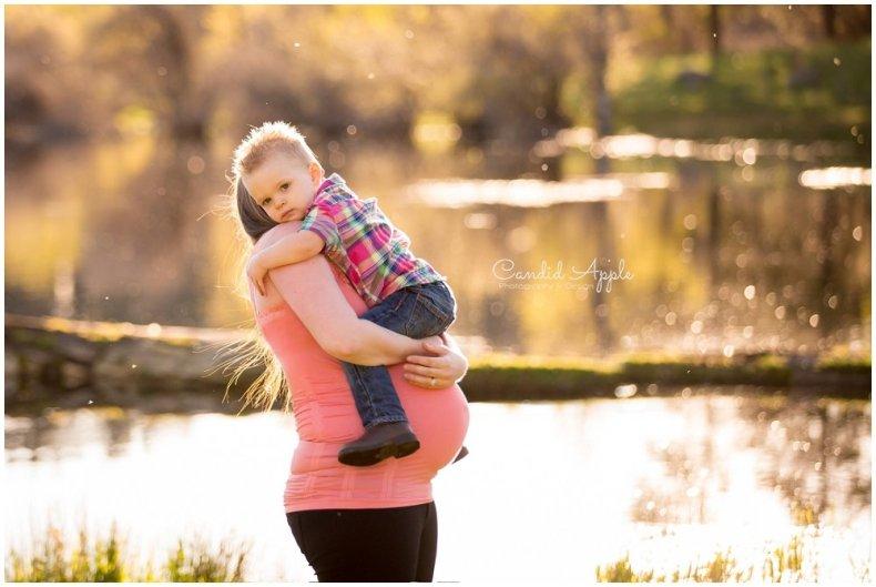 Merritt-Maternity-Baby-Bump-Photographers_0010