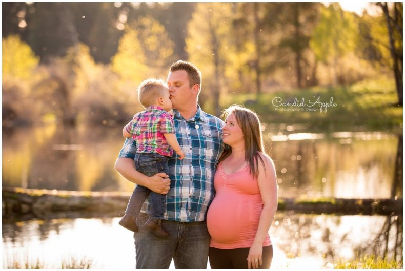 Merritt-Maternity-Baby-Bump-Photographers_0011