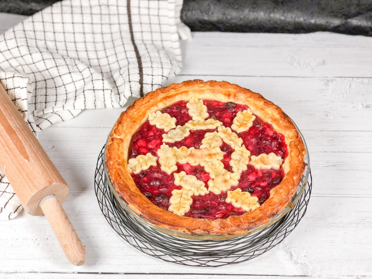 Cranberry-Pear Pie
