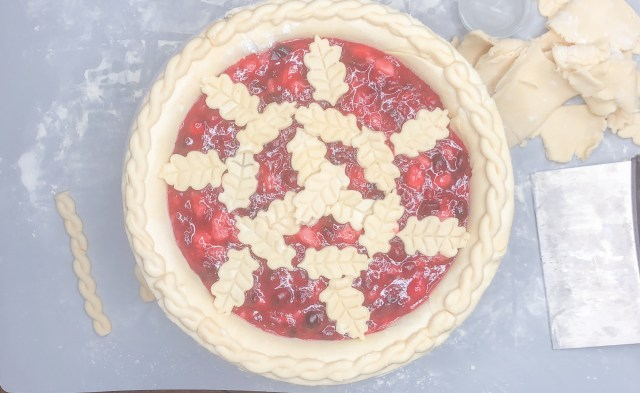 Decorate with the top crust