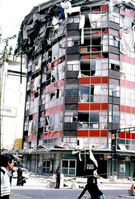 En la imagen, aspecto del edificio de lo que fue la Secretaria de Comercio y Fomento Industrial (SECOFI).