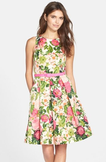 Fashion 30 Trendy Floral Print Dresses Just In Time For