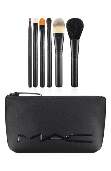 M·A·C 'Look in a Box - Basic' Brush Kit ($170 Value)