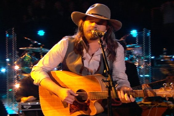 """Watch The Voice Season 10 Live Finale, Part 1 Episode 27: See Season 10 finalist Adam Wakefield perform his original song """"Lonesome, Broken and Blue"""" for the coaches."""