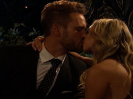 Watch The Bachelor season 21 episode 1: Contestant Corinne gets the first kiss of the season with bachelor, Nick Viall on the Monday, January 2, 2017 episode.