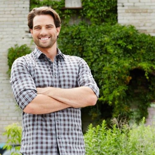 HGTV host Scott McGillivray joined Candace Rose for an interview on Thursday, March 23, 2017 to discuss a recent Owners.com survey and share tips on how home sellers and home buyers can make the most of the spring 2017 real estate market. Image courtesy of Twitter.com/smcgillivray