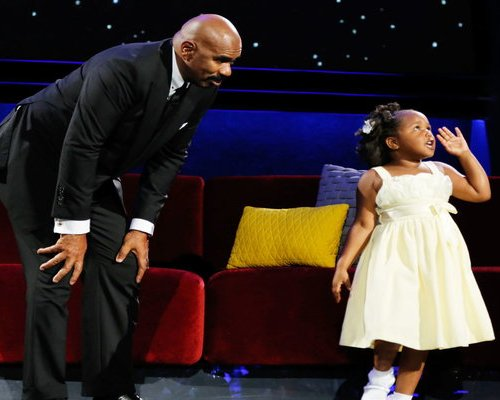 """Watch Little Big Shots Season 2 Episode 3 """"New Sheriff In Town"""" Videos, Sunday, March 19, 2017. See adorable five year old Natalie Green of Winnsboro, South Carolina talk to Steve Harvey about her billion view viral video! She loves the Lord and is just the cutest little girl. Rapper Kanye West sampled her on """"Ultralight Beam"""". Little Natalie told Steve she was going to pray for him to stop cussing. ;) You have to watch the video to see her talk about her mom and sisters, and see her teach Steve how to pray."""