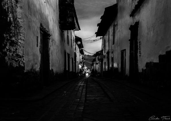 B&W Rue - Cuzco