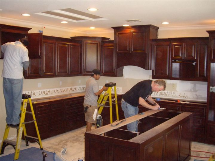 Should Kitchen Cabinets Be Installed Before Flooring
