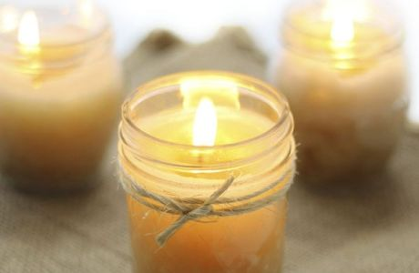 Make Your Own Pumpkin Spice Candle