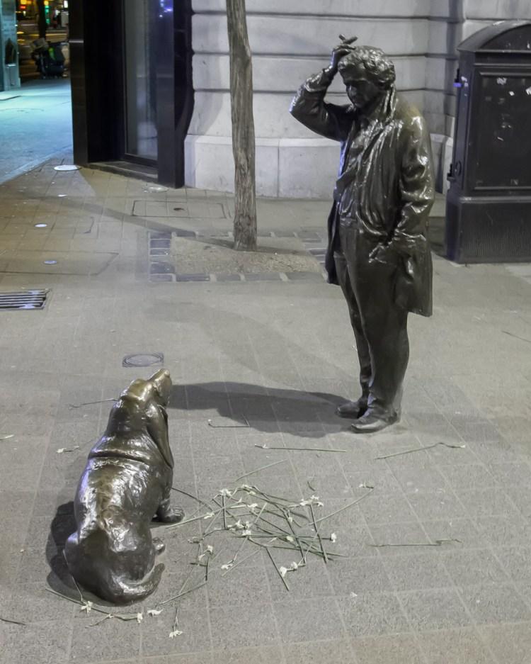 Risultato immagini per statua tenente colombo budapest