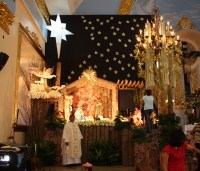 CANDON CHURCH CHRISTMAS DECOR 08   Candon City's Weblog