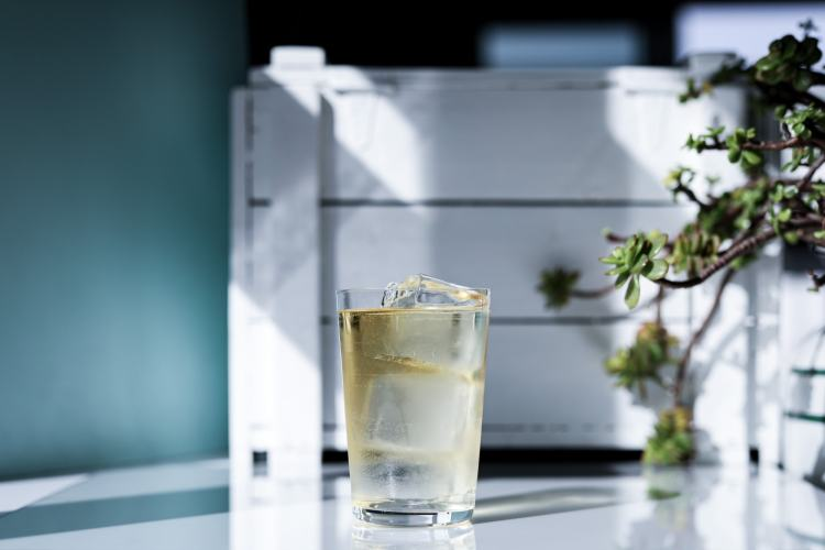 Whisky highball and crate