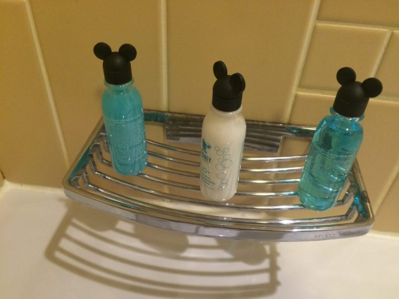 Sequioa Lodge Toiletries, Sequioa Lodge Hotel Review